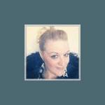 Yvette M(41)