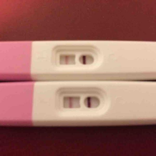 6 weeks 4 days pregnant brown discharge
