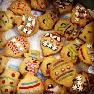 Name:  Christmas Cakes Winner.jpg Views: 4466 Size:  26.6 KB