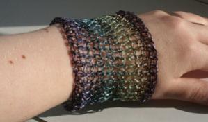 crochetbracelet2.jpg